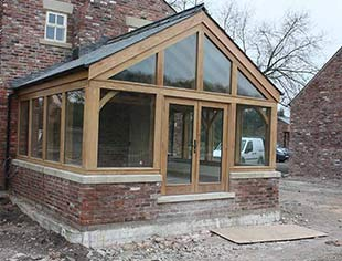Carvalo Oak Framed Garden Rooms