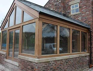 Oak frame garden rooms wooden garden rooms chester for Garden rooms cheshire